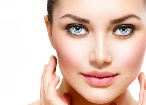 با تزریق چربی به ناحیه پیشانی افراد چهره زیباتری پیدا می کنند