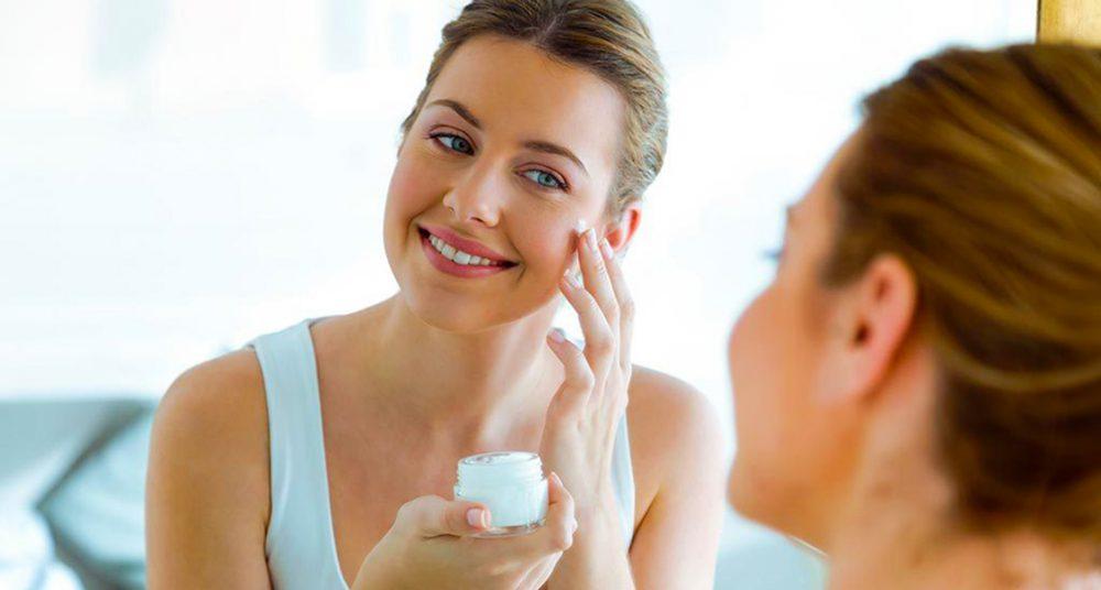 استفاده از مرطوب کننده مناسب با پوست حساس